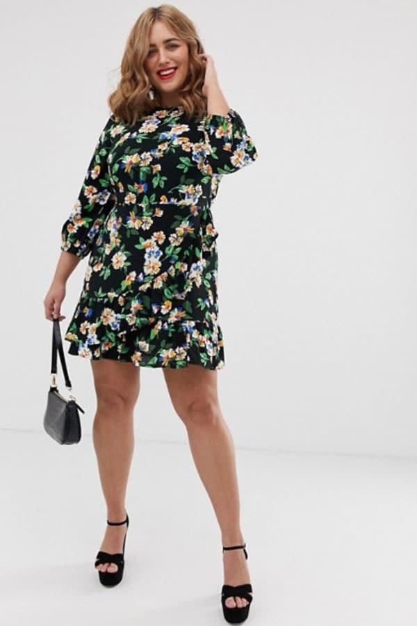 Mode grande taille : robe à fleurs