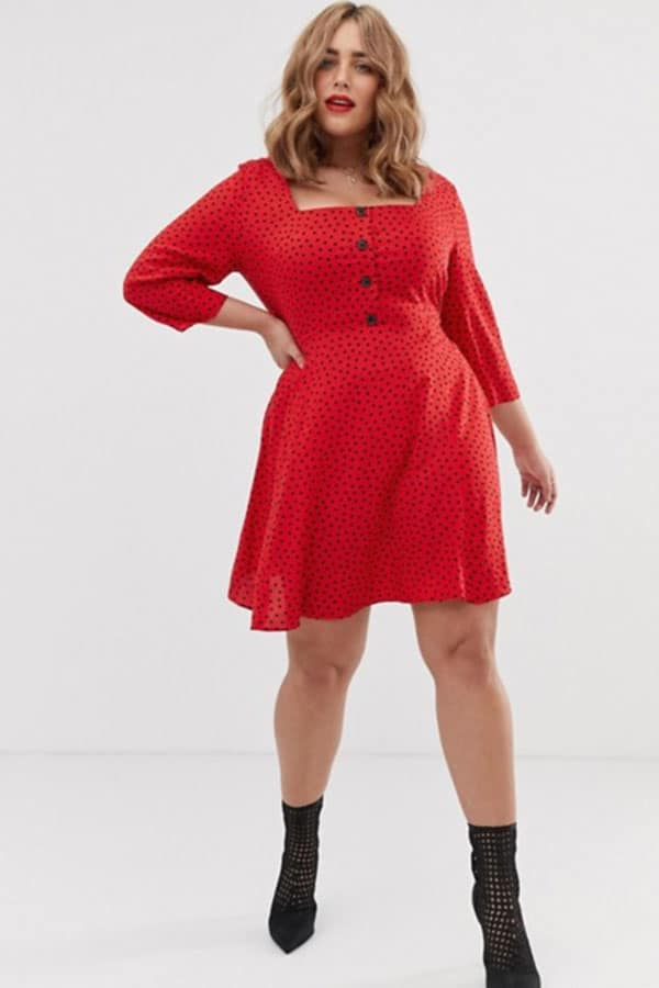 Mode grande taille : robe rouge
